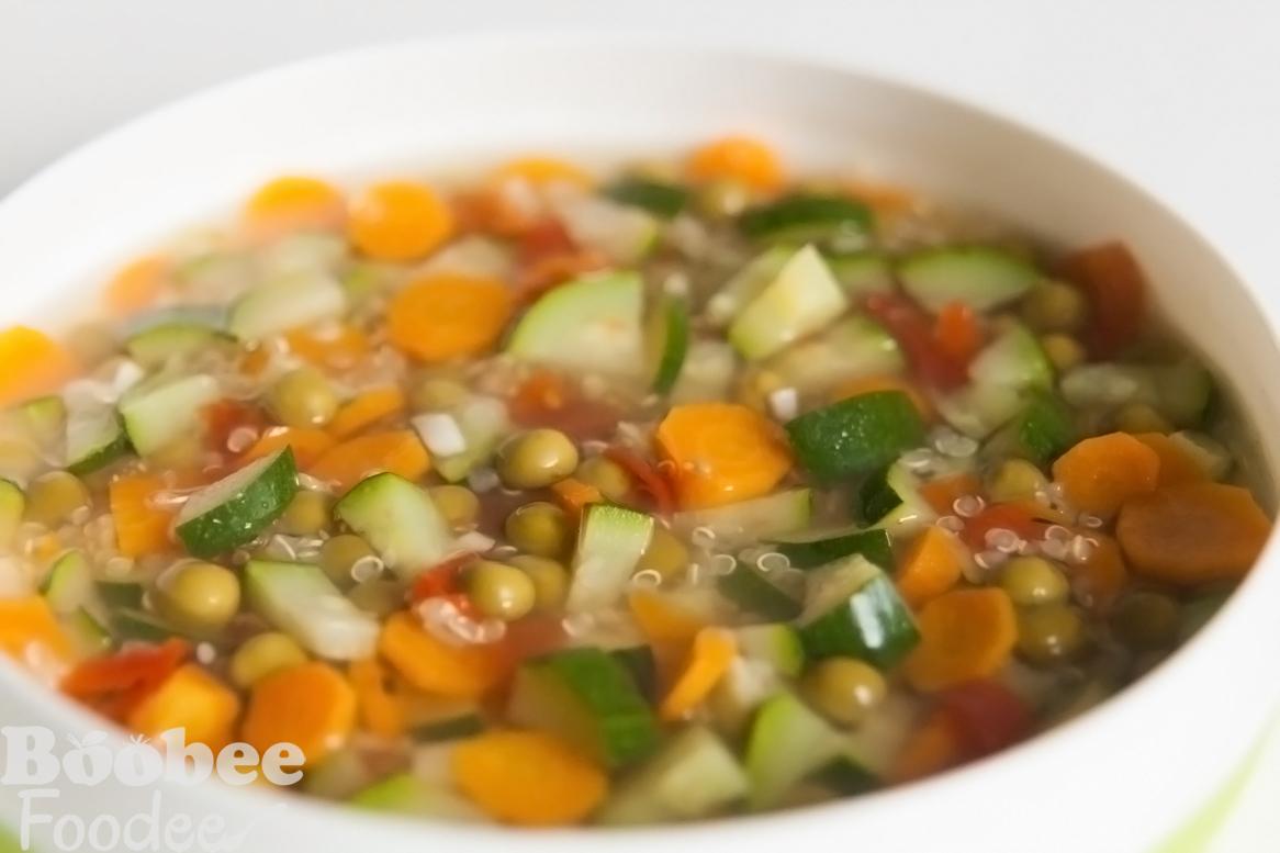 vitaminska juha s kvinojo_wm