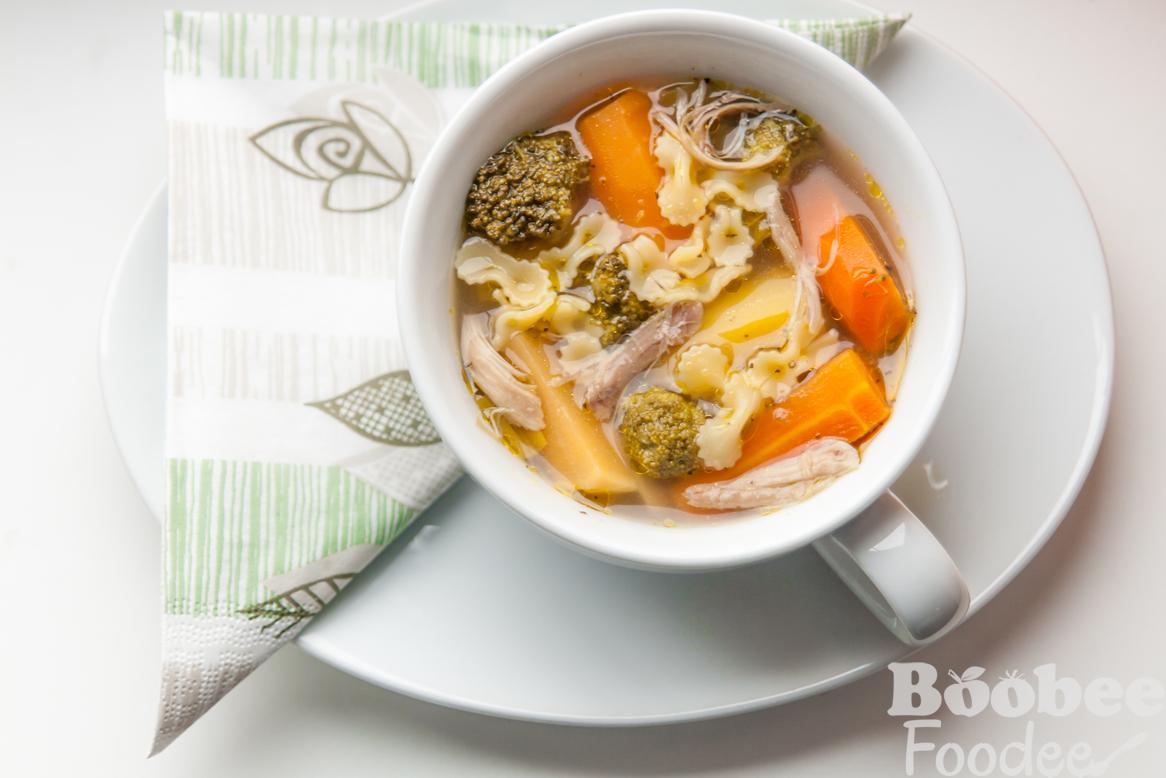 mocna piscancja juha