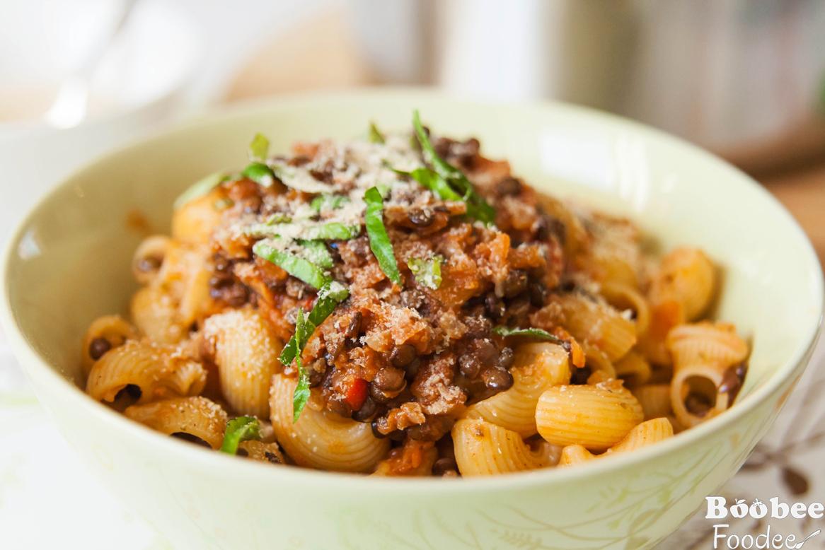 Bolonjska brezmesna omaka